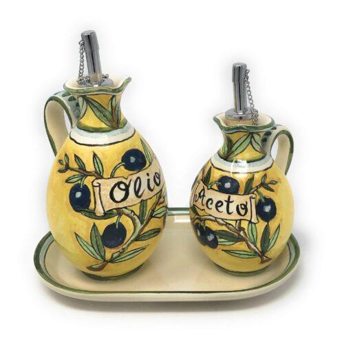 Cruet set oil and vinegar